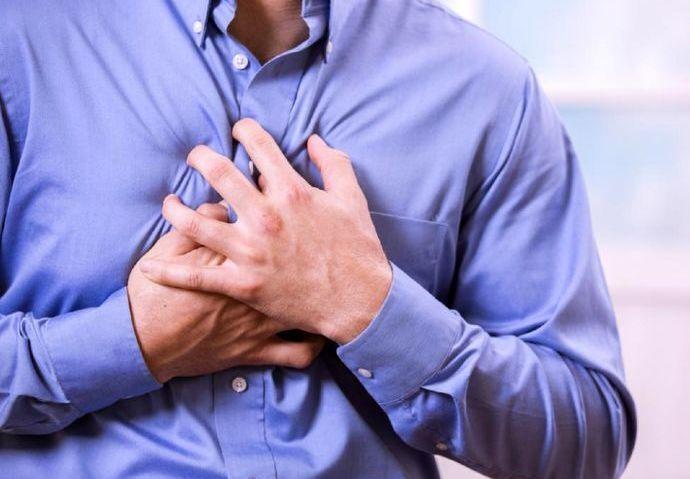 درد ناشی از کرونا بر قفسه سینه